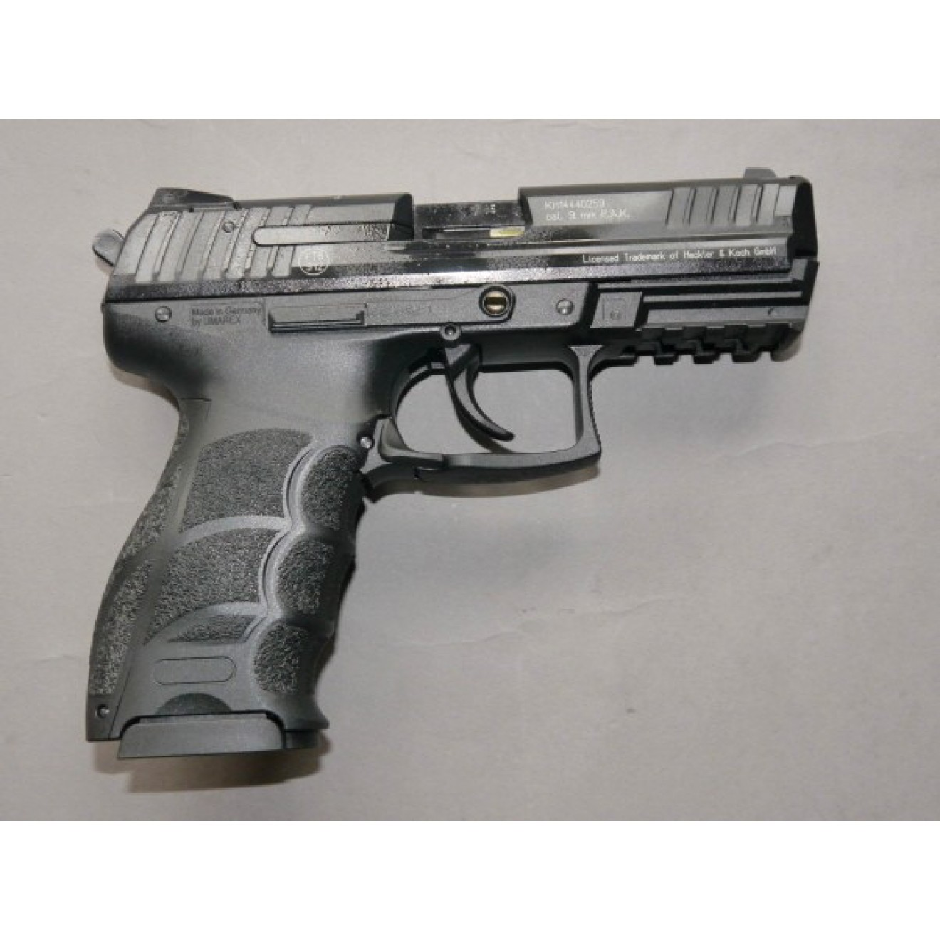 Heckler & Koch P 30 black 9mm